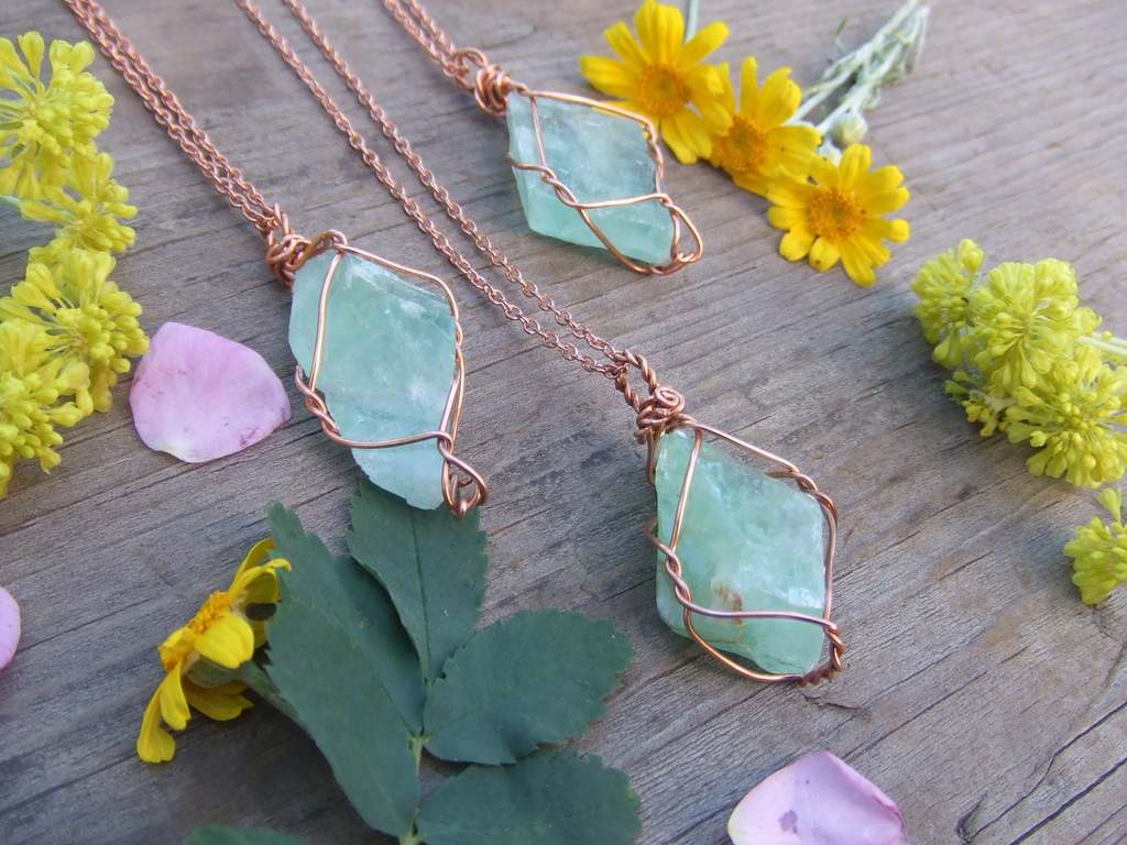 green_calcite_copper_wrapped_necklace_heart_chakra