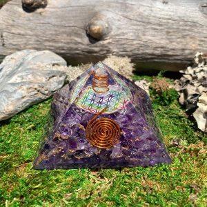 Amethyst Flower of Life Orgonite Pyramid