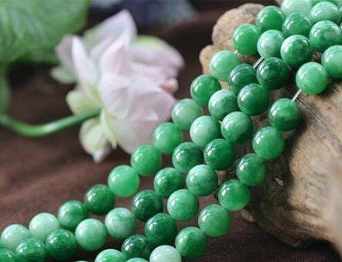 green_jade_for_attracting_love