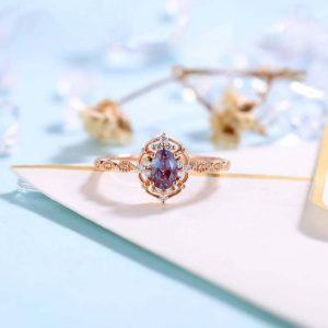 Vintage Alexandrite Engagement Ring Rose Gold wedding Ring - Antique Oval cut Bridal ring - Art deco Halo Ring Milgrain - Anniversary ring