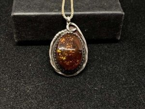 Vintage Sterling Silver Fire Agate Pendant Necklace