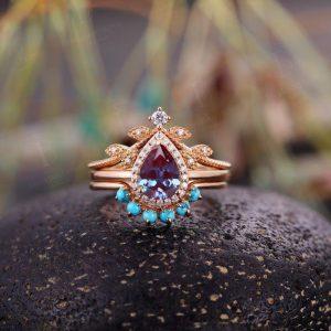 Vintage Alexandrite engagement ring set art deco Rose gold ring set pear cut diamond Wedding ring set Bridal ring set Anniversary ring set